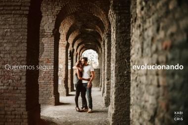una pareja para un fotógrafo de bodas
